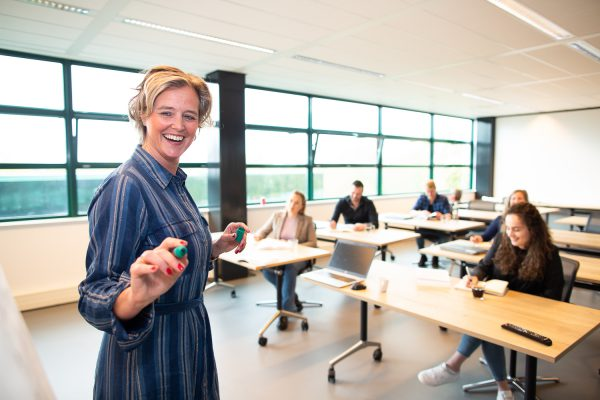 Wyzer ondersteunt gemeente Amsterdam met opleidingsprogramma ondernemersadviseurs